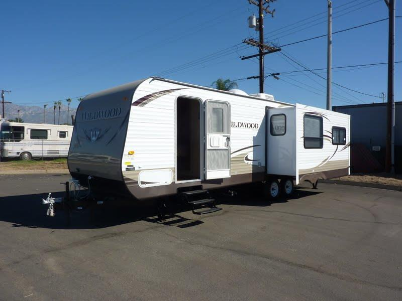 2015 Forest River Wildwood X Lite T27RLSS for sale by dealer