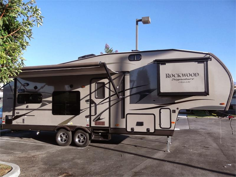 2015 BRAND NEW ROCKWOOD 8280 WS for sale by dealer